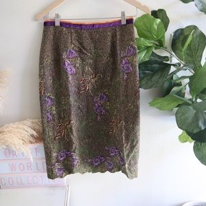 Wool floral embroidered skirt